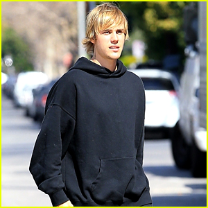 Justin Bieber Wears All Black for His Thursday Workout