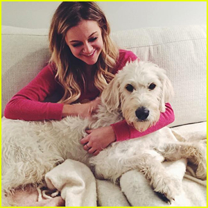Kelsea Ballerini Says Goodbye to Dog Dibs For a Month & Her Reaction Is So Relatable