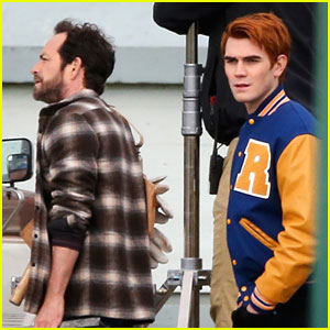 KJ Apa Films New Scenes With 'Riverdale' Dad Luke Perry