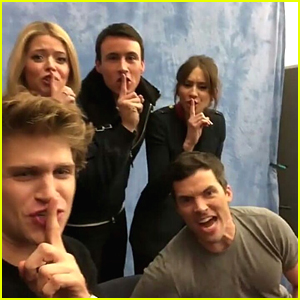 'Pretty Little Liars' Cast Teach Fans How To Master The Iconic 'Shh'