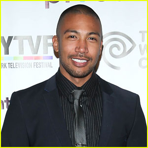 The Originals' Charles Michael Davis Gets Promoted To Series Regular On 'Younger'