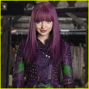 Dove Cameron Didn't Like This One Thing About Mal's Wig in 'Descendants 2'