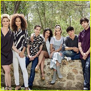 Maia Mitchell, Cierra Ramirez & 'The Fosters' Cast Officially Wrap Final Season