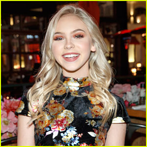 Jordyn Jones Talks Using Social Media For Up & Coming Actors