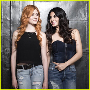 Katherine McNamara Teases How Clary & Isabelle Will Work Together on 'Shadowhunters' Season 3