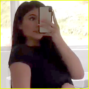Kylie Jenner Shows Off Her Body One Month After Giving Birth