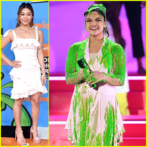 Laurie Hernandez Gets Slimed at KCAs 2018, Chloe Kim Presents On Stage!