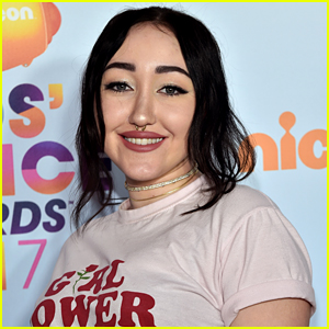 Noah Cyrus Will Skip Kids' Choice Awards 2018 & Attend March For Our Lives Instead