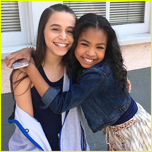 'Raven's Home' Stars Sky Katz & Navia Robinson Celebrate 1 Year of Friendship!