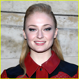 Sophie Turner Reveals Her Adorable New Tattoo!