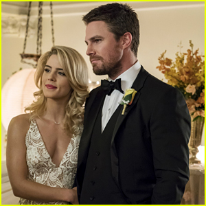 Stephen Amell Got The Best Reactions From Fans After Sharing Emily Bett Rickards' 'Chair' on 'Arrow' Set