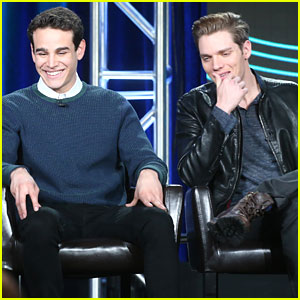Alberto Rosende Teases Jace & Simon's Relationship on 'Shadowhunters'