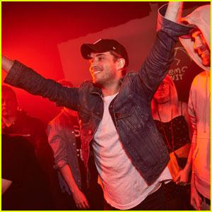 Brian Dales Hits Up Emo Nite Before Kicking Off New Tour