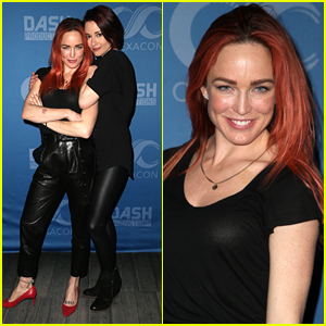 Caity Lotz & Chyler Leigh Reunite at ClexaCon in Las Vegas