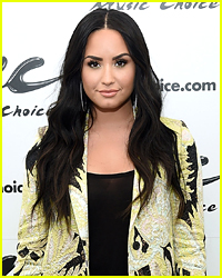 Demi Lovatos New Short Hair Style Is Summer Goals
