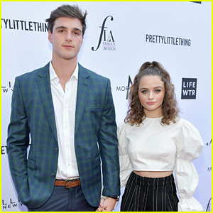 Joey King Holds Hands with Boyfriend Jacob Elordi at Fashion Awards!