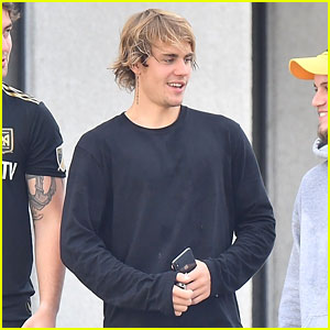 Justin Bieber Grabs Breakfast With His Buddies After Their Workout