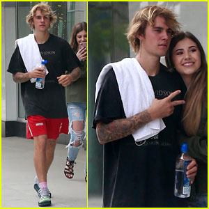Justin Bieber Stops to Snap a Photo With a Happy Fan!