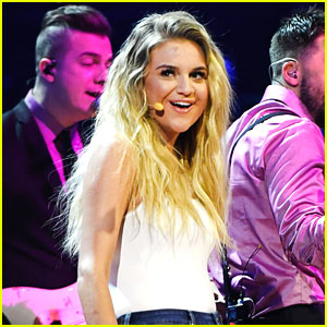 Kelsea Ballerini Thanks Fans Ahead of Last 'Unapologetically Tour' Stop