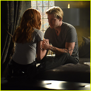 Jace Thinks He Might Actually Be Going Crazy on Tonight's 'Shadowhunters'