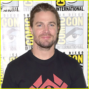 Stephen Amell Says 'Arrow' & 'Black Lightning' Are 'Probably Gonna Cross Over'