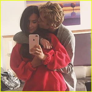 The Vamps' Tristan Evans Is Engaged to Model Anastasia Smith!