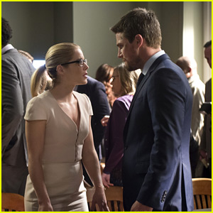 Emily Bett Rickards & Stephen Amell Tease Tonight's 'Arrow' on Trial Episode