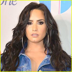 Demi Lovato To Perform New Christina Aguilera Duet at Billboard Music Awards!