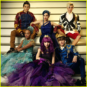 'Descendants 3' Announces Final Cast, Including Smee's Twin Sons!