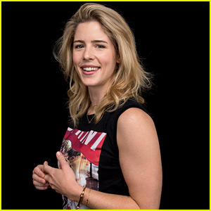 Emily Bett Rickards Took The Hardest Felicity Smoak Test Ever