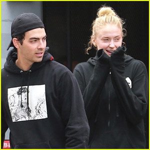 Joe Jonas & Sophie Turner Kick Off Their Day at the Gym!