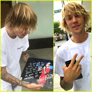 Justin Bieber Signs Autograph & Bible Verse on Fan's Photo Ahead of Mother's Day