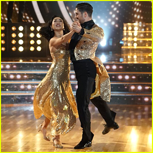 Mirai Nagasu & Alan Bersten Go Golden For Amazing Quickstep 'DWTS: Athletes' Week 3 (Video)