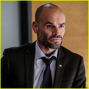 'Arrow's Paul Blackthorne Set To Leave Show After Season 6