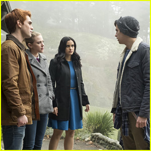 'Riverdale' Showrunner Talks What's Coming in Season 3