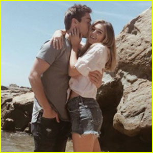 Is sadie robertson dating austin north