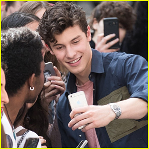 Shawn Mendes Takes Selfies With Fans in France!