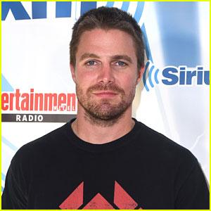 Stephen Amell Teases Emotional 'Arrow' Season Finale