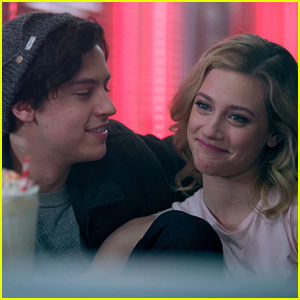 Cole Sprouse Dishes on Betty Becoming Jughead's 'Serpent Queen' on 'Riverdale'