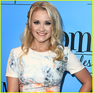 Emily Osment Wasn't As Happy As She Looked During Filming the Final Season of 'Young & Hungry'