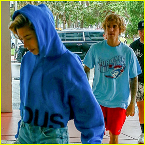 Hailey Baldwin Joins Justin Bieber for Lunch in Miami