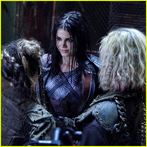 Octavia Gets A Fan in Madi on Tonight's New 'The 100'