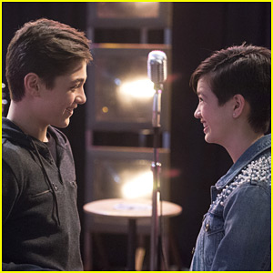 Jonah Tries To Win Back Andi's Attention on 'Andi Mack' Tonight