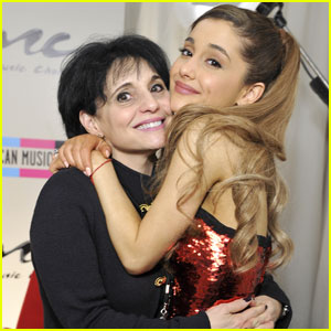 Ariana Grande's Mom Pens Touching Message About Demi Lovato