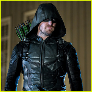 Emily Bett Rickards & Stephen Amell Kick Off Season 7 of 'Arrow'