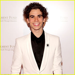 Cameron Boyce Turns His Hotel Room Into a Dance Floor! (Video)