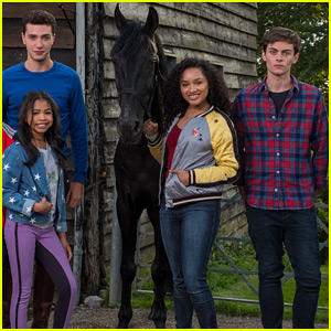 'Free Rein' Returns To Netflix For Season 2 on July 6th!