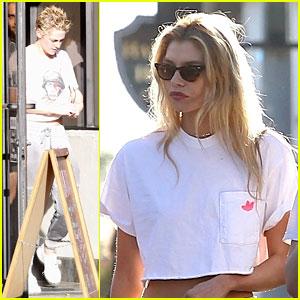 Kristen Stewart & Stella Maxwell Dress In White For Lunch with Friends
