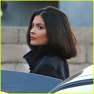Kylie Jenner Heads Out to Dinner With Friends in Beverly Hills!