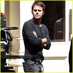 Paul Wesley Shoots a Scene for Upcoming Series 'Tell Me A Story' in NYC!